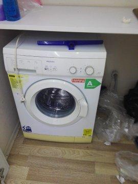 hiç kullanılmamış jelatininde çamaşır makinesi