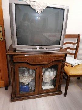 TV + TV sehpası