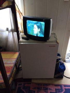 37 ekran tüplü tv