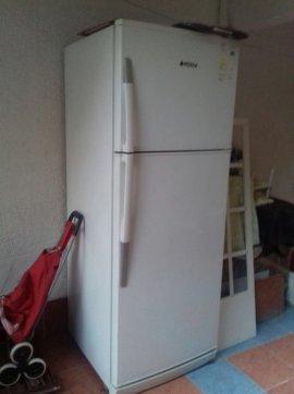geniş hacimli 2.el buzdolabı