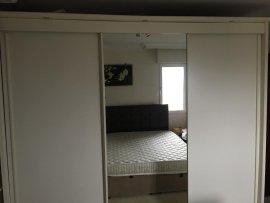 beyaz tam boy aynalı 2.el yatak odası dolabı