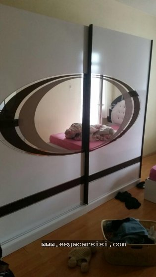 oval aynalı 2.el yatak odası takımı
