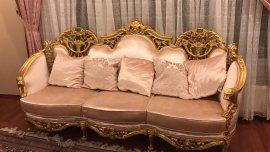 klasik antika niteliğinde koltuk takımı