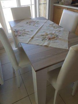 4 sandalyeli yemek masası