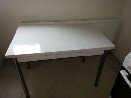 2.el beyaz mutfak masası