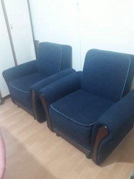 2 adet mavi tekli koltuk